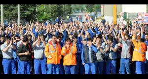 Turkish auto strike, workers